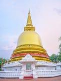 La pagoda dorata in Dambulla Fotografia Stock