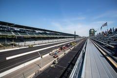 La pagoda e il frontstretch a Indianapolis Motor Speedway L'IMS prepara per il Indy 500 IX immagine stock libera da diritti