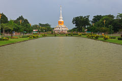 La pagoda en Mahasarakham Imagen de archivo