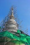 La pagoda rinnova nel Watprasing Chiangmai Tailandia Immagini Stock Libere da Diritti
