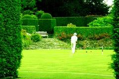 La paix d'une pelouse de jeu de croquet Images stock