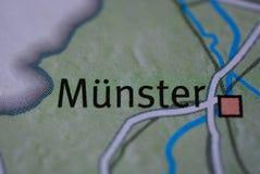 La palabra MÃœNSTER en el mapa Fotos de archivo libres de regalías