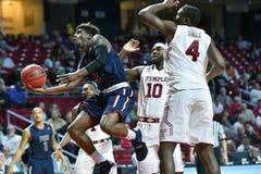 2015 la pallacanestro degli uomini del NCAA - FDU al tempio Fotografia Stock Libera da Diritti