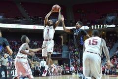 2015 la pallacanestro degli uomini del NCAA - Tempio-Tulsa Immagini Stock Libere da Diritti