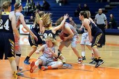 La pallacanestro delle donne del NCAA Immagini Stock Libere da Diritti