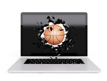 La pallacanestro distrugge il computer portatile illustrazione di stock