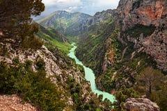 La Palud-sur-Verdon, Provence, França: os desfiladeiros do Verdon rive fotografia de stock royalty free