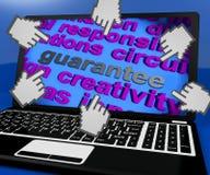 La pantalla del ordenador portátil de la garantía muestra garantía o la garantía de la promesa Fotos de archivo libres de regalías
