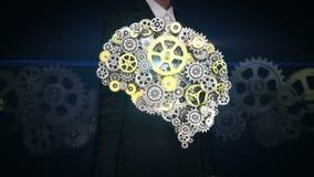La pantalla táctil de la empresaria, los engranajes de oro de acero que hacen el cerebro humano forma inteligencia artificial hum stock de ilustración