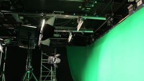 La pantalla verde determinada de la iluminación almacen de metraje de vídeo