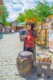 La parada de especialidades locales en Mtskheta imagen de archivo libre de regalías