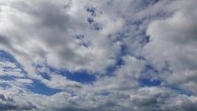 La paralaje se nubla Timelapse 06 de largo almacen de metraje de vídeo