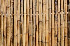 La pared de bambú adorna el fondo Imagen de archivo libre de regalías