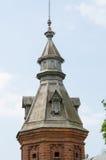 La pared de la torrecilla que extiende de al por menor tienda alrededor jardín del pafnutevskigo en St Sergius L de la trinidad s Fotografía de archivo
