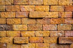 La pared de ladrillos sólidos roja Imagenes de archivo