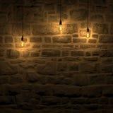 La pared de piedra destacada por la representación de la lámpara 3d de edison Foto de archivo libre de regalías