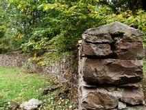 La pared de piedra vieja Fotos de archivo libres de regalías