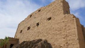 La pared del templo antiguo almacen de video