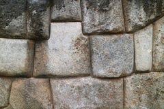 La pared enorme de la ciudadela de Sacsayhuaman, cantería única de Inca Cusco antiguo, Perú fotos de archivo libres de regalías