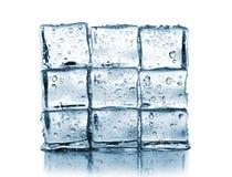 La pared hizo los cubos de hielo del ââof Imagen de archivo