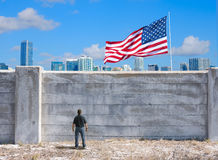 La pared posible entre los Estados Unidos de América y el México y el mundo Imagenes de archivo