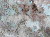 La pared vieja subi? foto de archivo