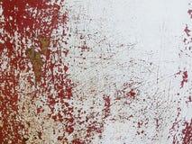 La parete arrugginita del metallo bianco fende il fondo di struttura Immagine Stock