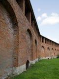 La parete della fortezza del mattone rosso Fotografie Stock Libere da Diritti
