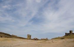 La parete della fortezza genovese Immagine Stock