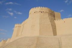 La parete della fortezza nella vecchia città di Khiva Immagini Stock Libere da Diritti