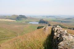 La parete di Hadrian dall'allentamento verde Immagine Stock Libera da Diritti