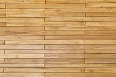 La parete di legno impilando o sistema dei pezzi di legno e liscia la superficie Fotografia Stock Libera da Diritti