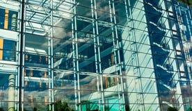 La parete di vetro Immagine Stock