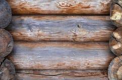 La parete fatta dei ceppi di legno Fotografie Stock