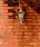 La parete rossa mattone del muro di mattoni di mattone della parete Fotografia Stock