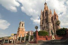 La Parroquia van San Miguel de Allende Stock Afbeeldingen