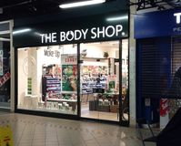 La parte anteriore del deposito di Body Shop Immagini Stock Libere da Diritti