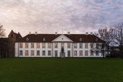 La parte anteriore della scanalatura di Odense (castello), Danimarca Immagine Stock
