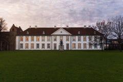 La parte anteriore della scanalatura di Odense (castello), Danimarca Fotografia Stock