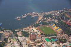 La parte central de Vladivostok, tomada de una altura imagen de archivo libre de regalías