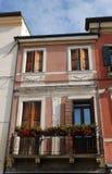 La parte di costruzione ha schiacciato fra due il più su in Monselice nel Veneto (Italia) Immagine Stock Libera da Diritti