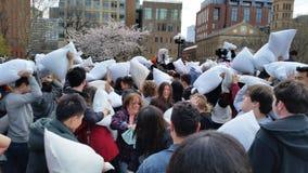 La parte 2 57 di giorno di lotta di cuscino di 2016 NYC Immagine Stock Libera da Diritti