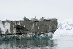La parte inferiore dell'iceberg, che si è capovolto. Fotografia Stock Libera da Diritti