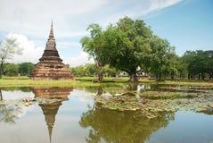 La parte posteriore di Wat Mahathat Sukhothai Fotografie Stock