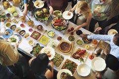 La partie de nourriture de repas célèbrent le concept d'événement de restaurant de café photographie stock libre de droits
