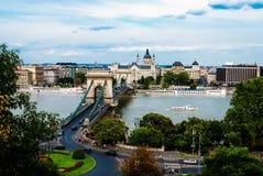 La passerelle à chaînes à Budapest Images libres de droits