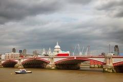 La passerelle de Blackfriar, Londres Images libres de droits