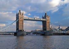 La passerelle de tour à Londres Photo libre de droits