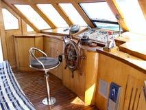 La passerelle du pilote du bateau de mer Photographie stock