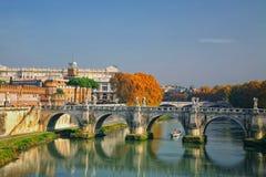 La passerelle Rome, Italie de Sant'Angelo Photos stock